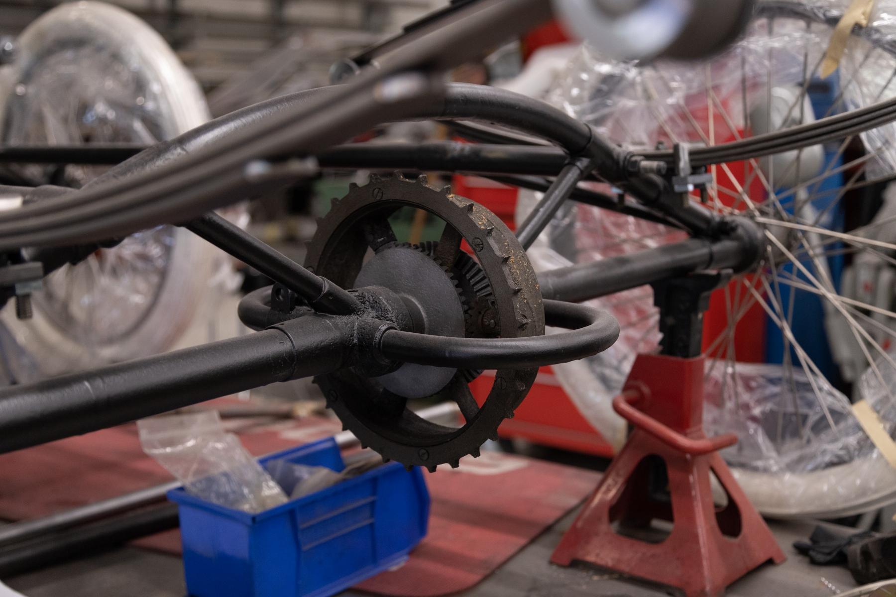 Free Wheeling Rear Sprocket & Differential